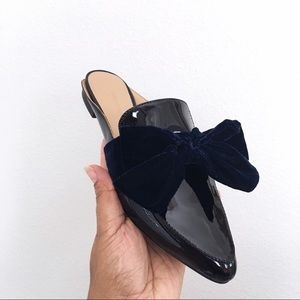 Banana Republic Black Navy Velvet Bow Flat Mules
